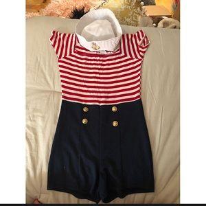 Windsor sailor costume